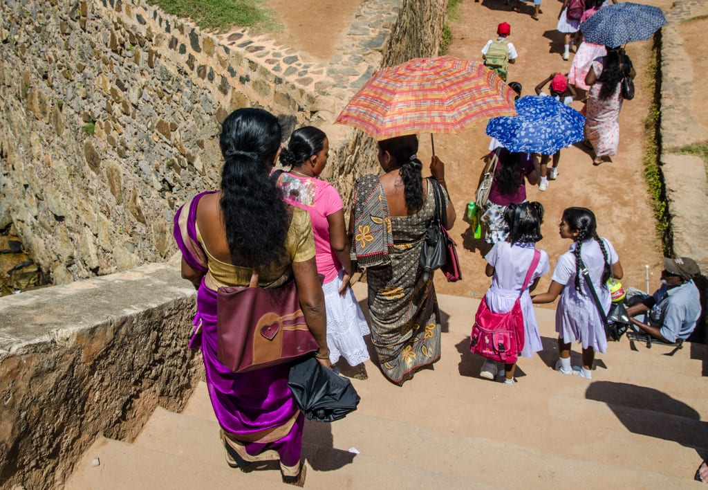 Women in Galle